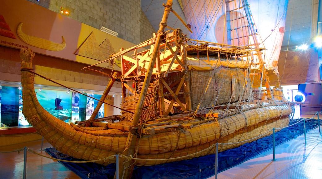 Kon Tiki-museet som inkluderar interiörer