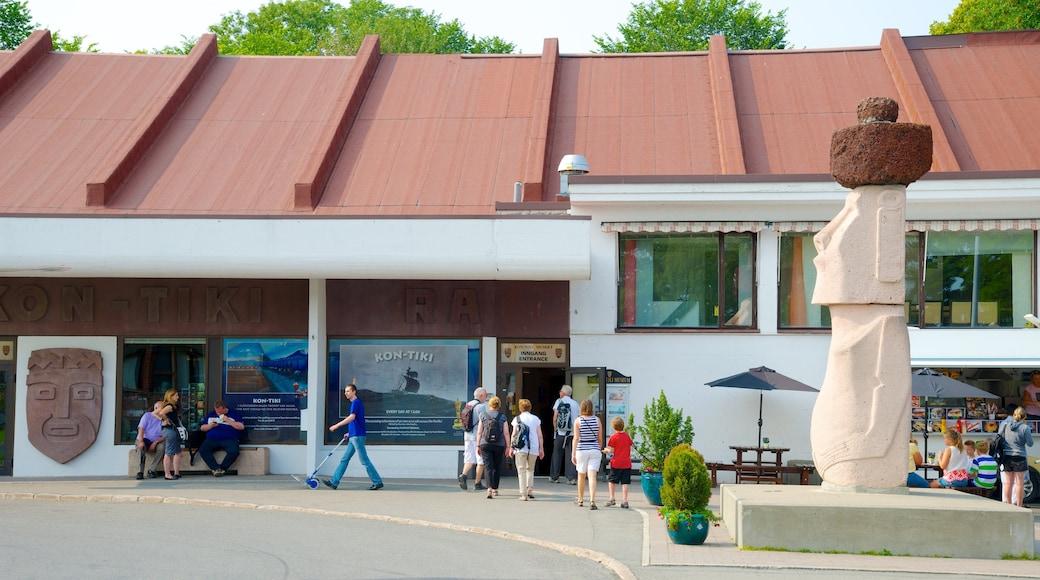 Kon Tiki-museet som visar utomhuskonst