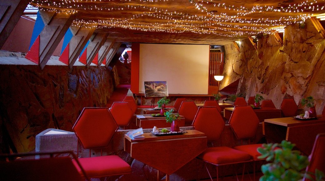 Taliesin West featuring dining out and interior views