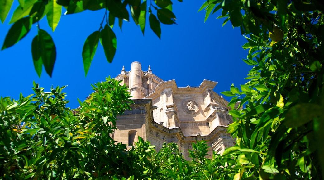 Mosteiro de São Jerônimo caracterizando uma igreja ou catedral e arquitetura de patrimônio