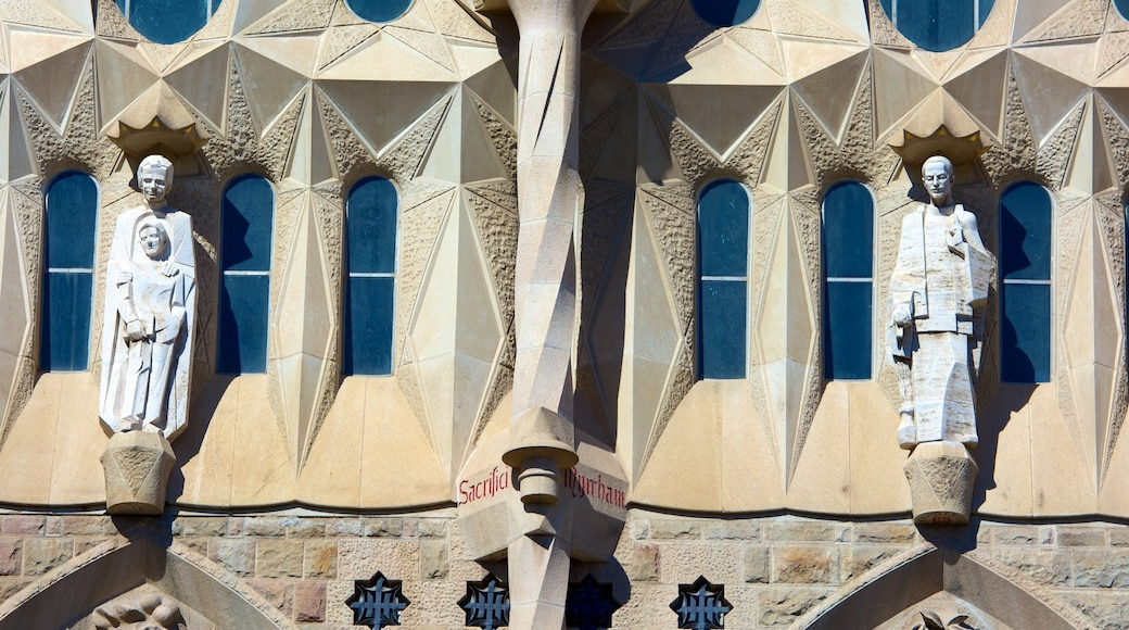 Sagrada Familia featuring heritage architecture, religious elements and a church or cathedral