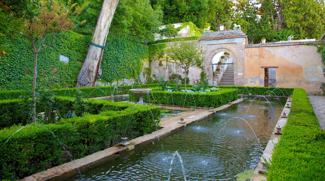 Generalife which includes château or palace, a garden and a fountain