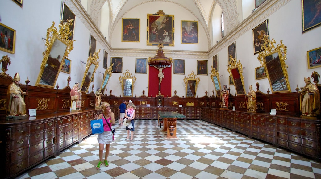 Granada Cathedral showing a church or cathedral, art and interior views