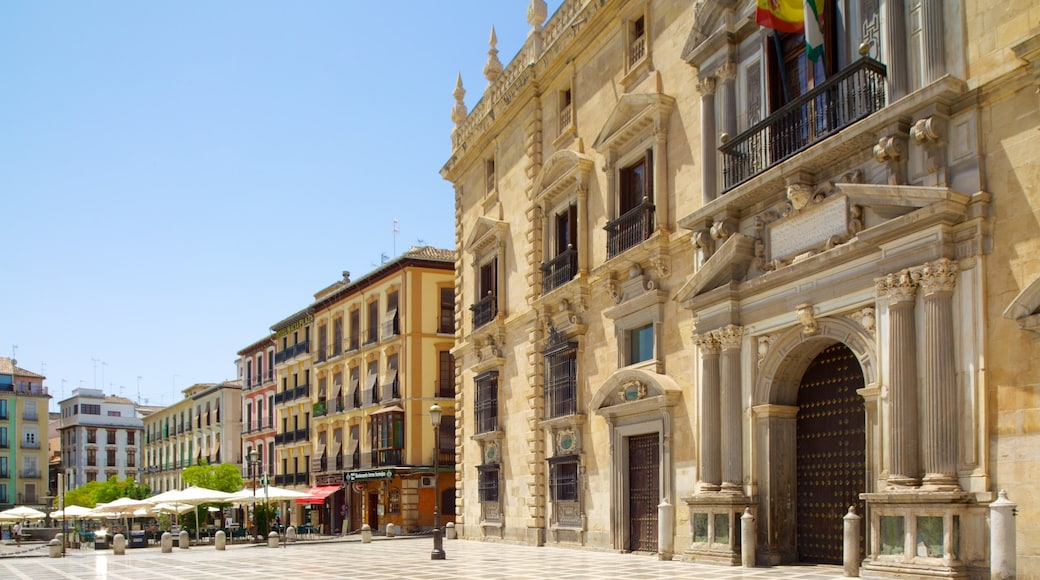 Plaza Nueva which includes a city, a square or plaza and heritage architecture