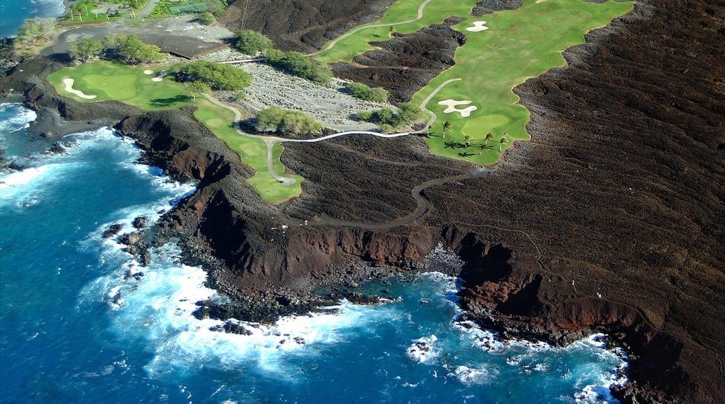Waikoloa showing rocky coastline