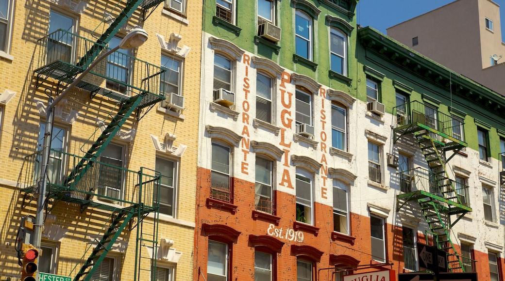 Little Italy mostrando segnaletica e città