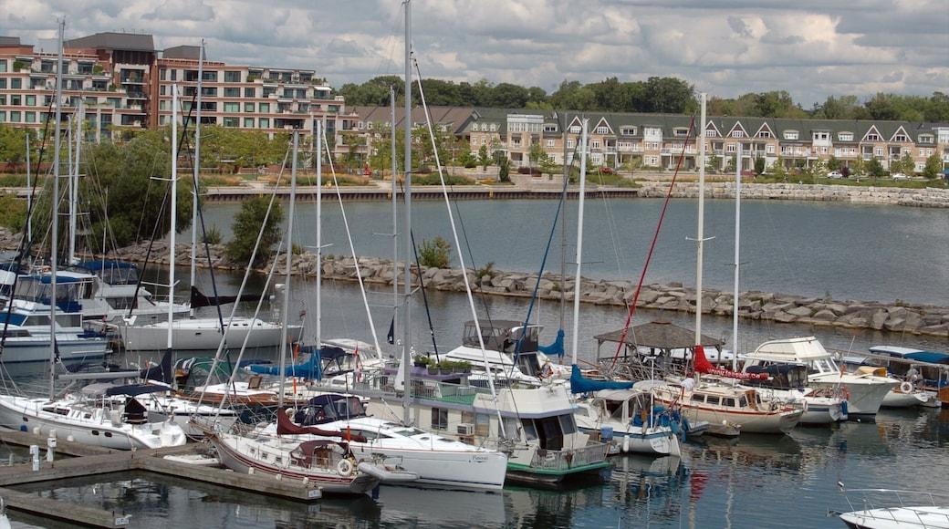 Port Credit showing a marina and a coastal town