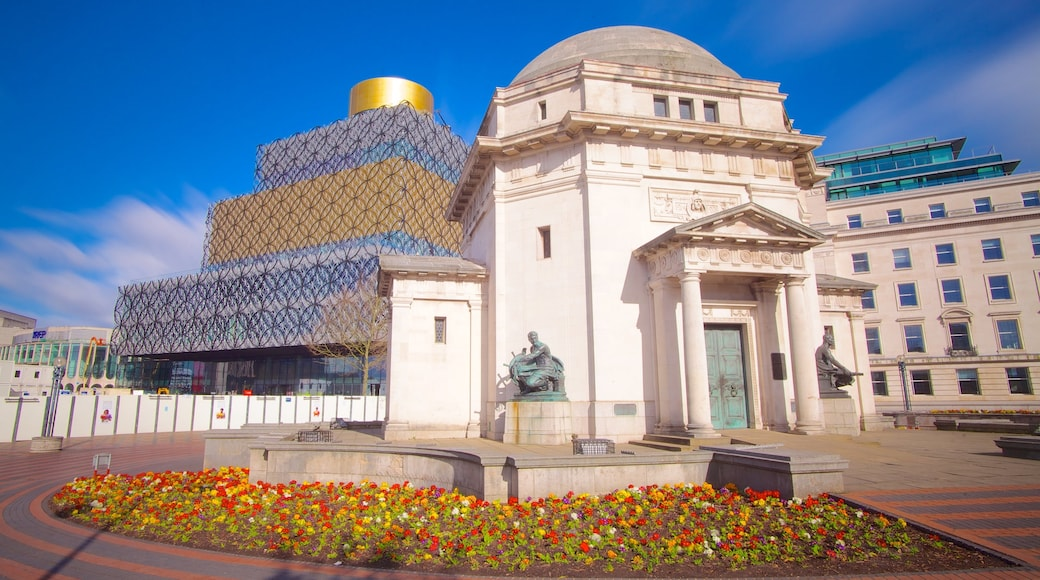 Birmingham featuring modern architecture, a square or plaza and heritage architecture