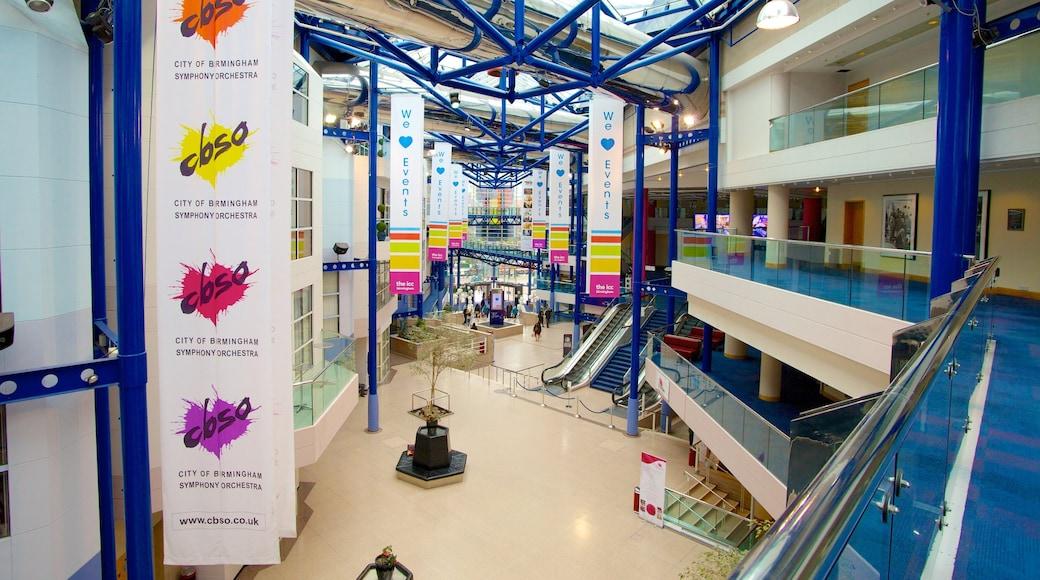 International Convention Centre som viser moderne arkitektur og innendørs