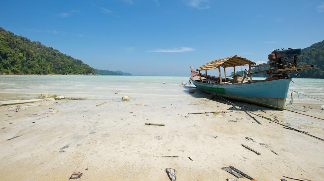 Khao Lak qui includes vues littorales, plage et scènes tropicales