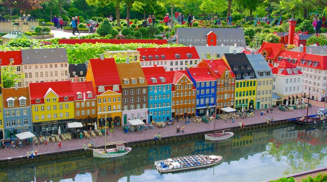 Legoland som viser utendørs kunst og park