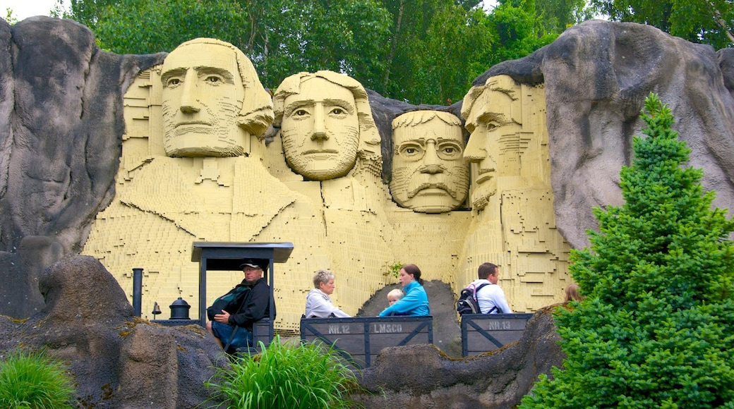Legoland som viser park og utendørs kunst