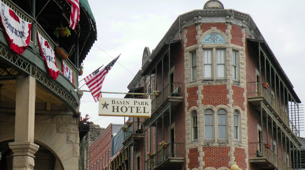 Eureka Springs featuring heritage architecture and signage