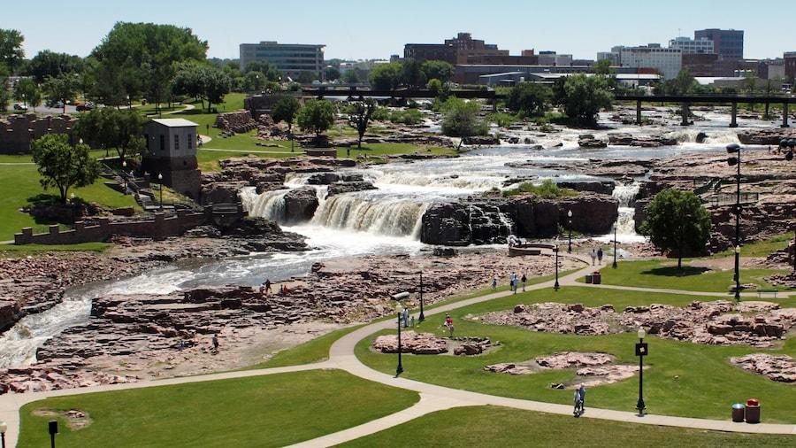 Sioux Falls johon kuuluu puisto ja putous