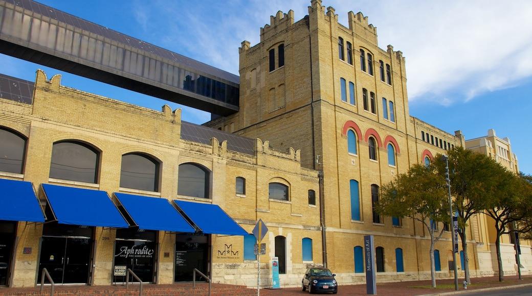 San Antonio Museum of Art welches beinhaltet historische Architektur