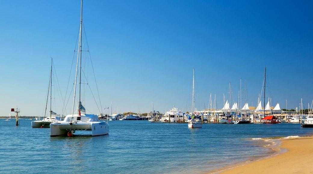 Southport mettant en vedette navigation, voile et plage