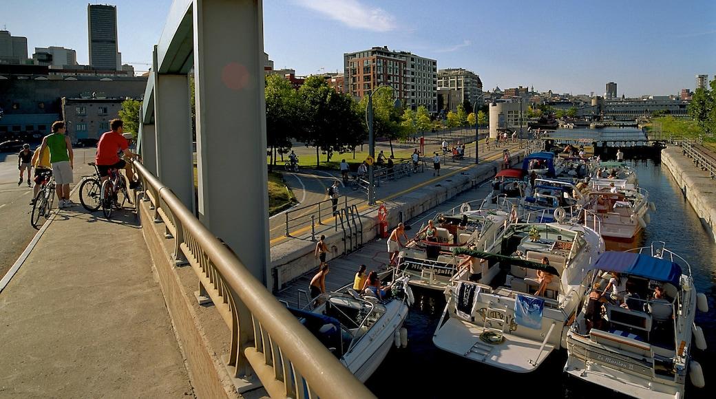 Montréal che include ponte, giro in barca e fiume o ruscello