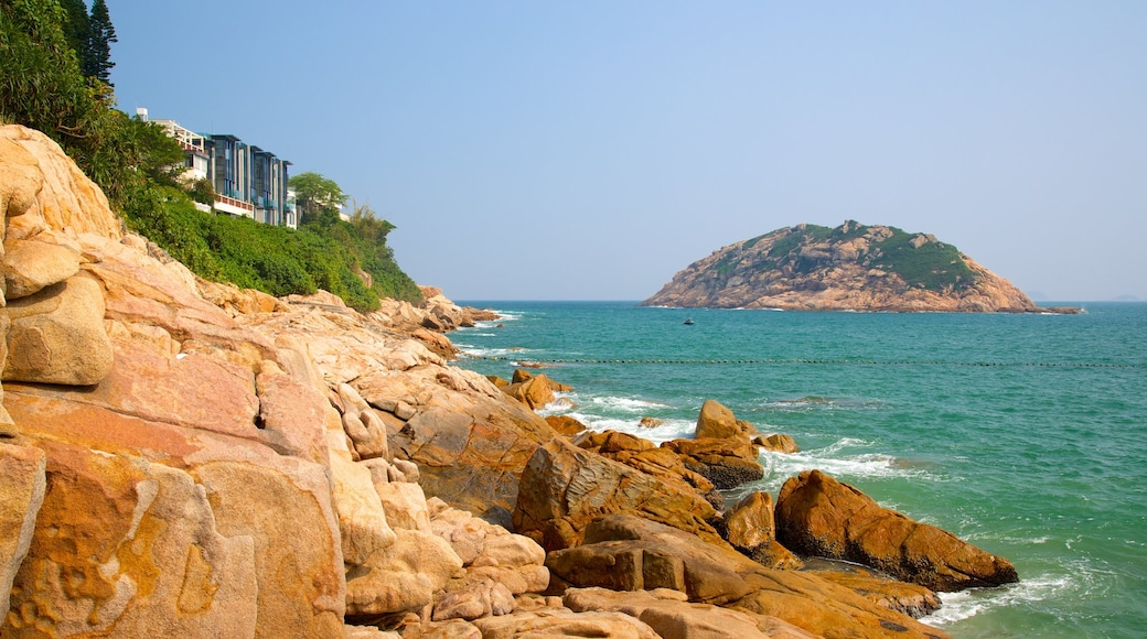 Shek O Beach featuring rugged coastline