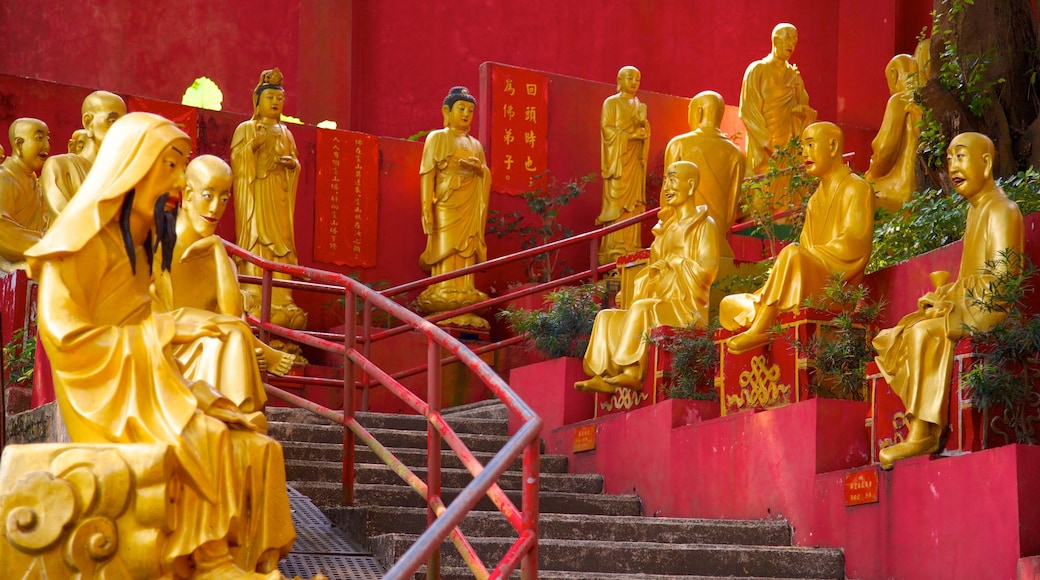Ten Thousand Buddhas Monastery showing a temple or place of worship and religious elements