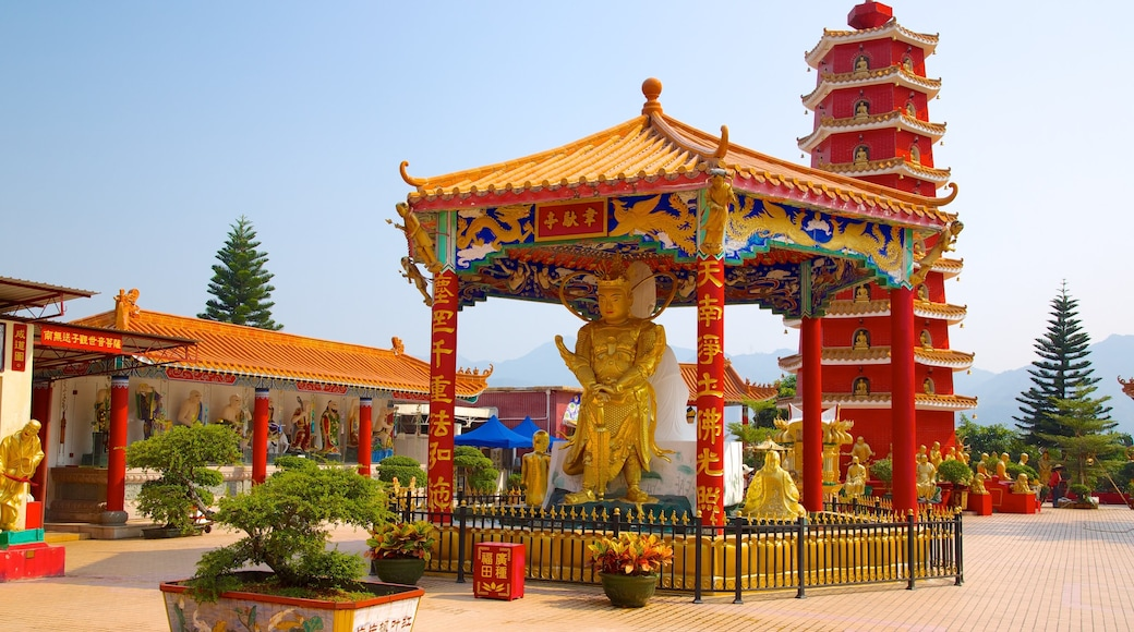 Ten Thousand Buddhas Monastery showing religious elements and a temple or place of worship