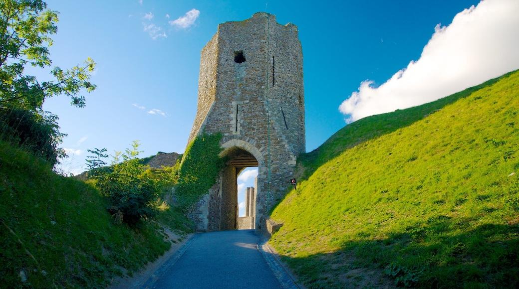Doverin linna joka esittää linna tai palatsi ja vanha arkkitehtuuri