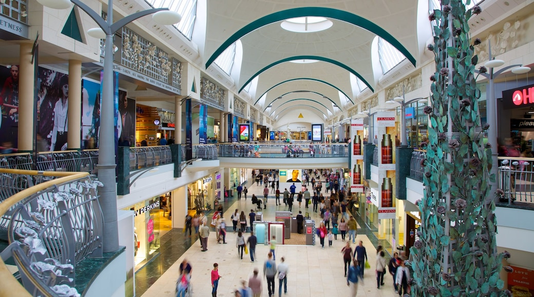 Bluewater Shopping Centre showing interior views, fashion and shopping