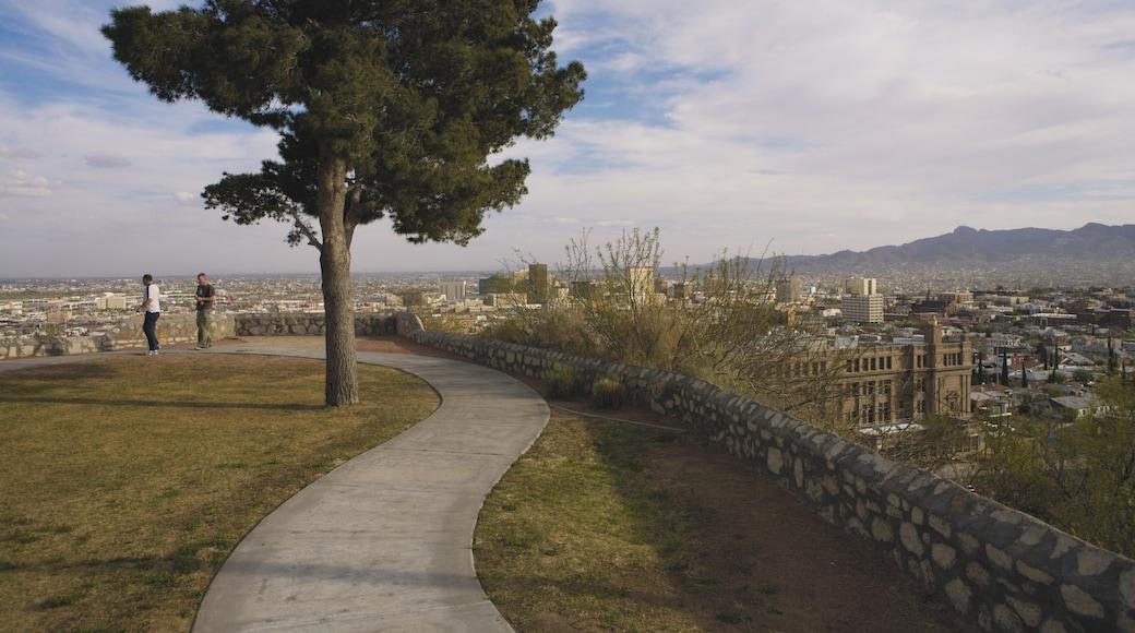 El Paso featuring a city