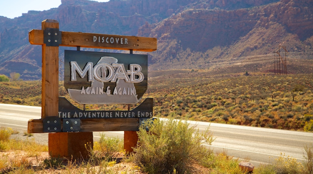 Moab das einen ruhige Szenerie und Beschilderung