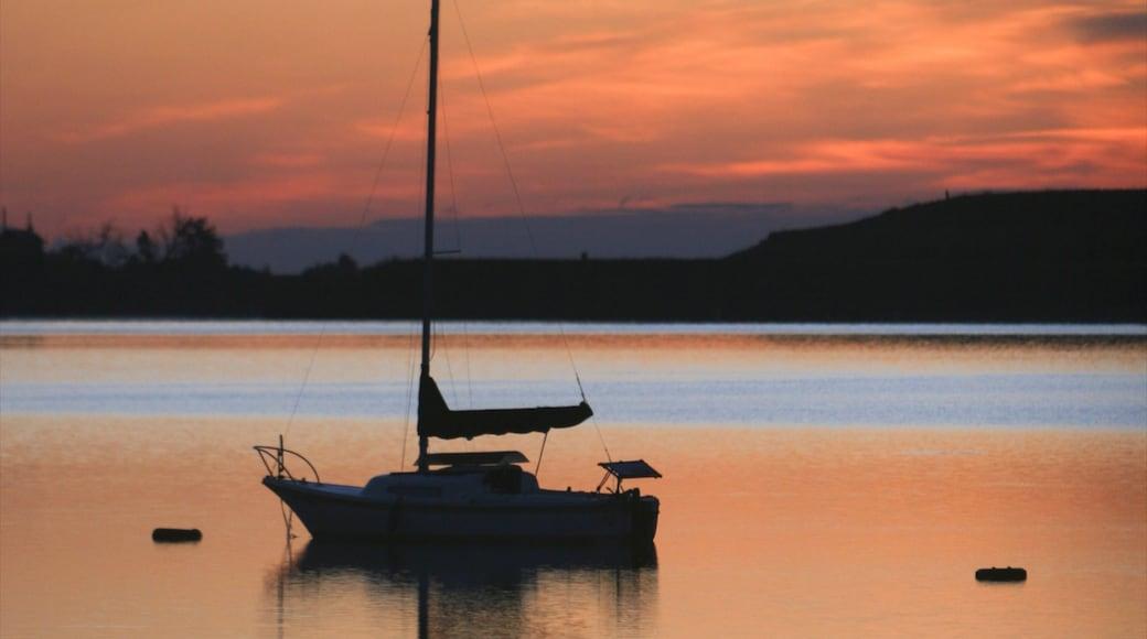 Boulder welches beinhaltet Bootfahren, Sonnenuntergang und See oder Wasserstelle