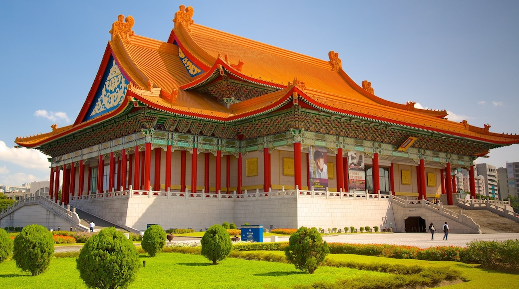 Taipei which includes a temple or place of worship, heritage architecture and religious elements