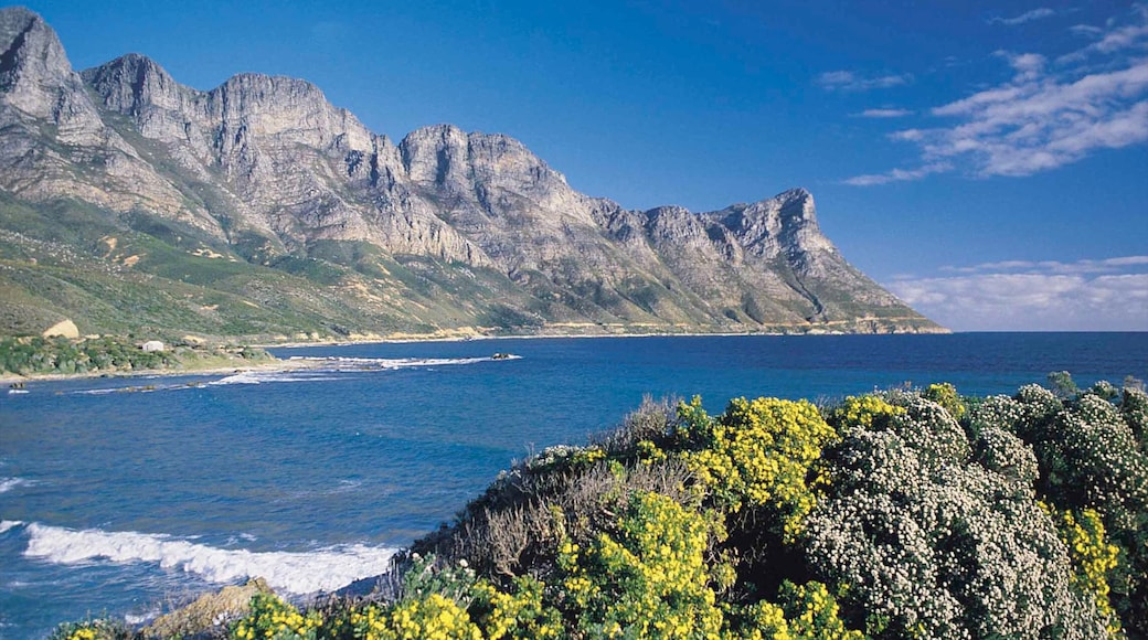 Gordon\'s Bay showing mountains, a bay or harbor and landscape views