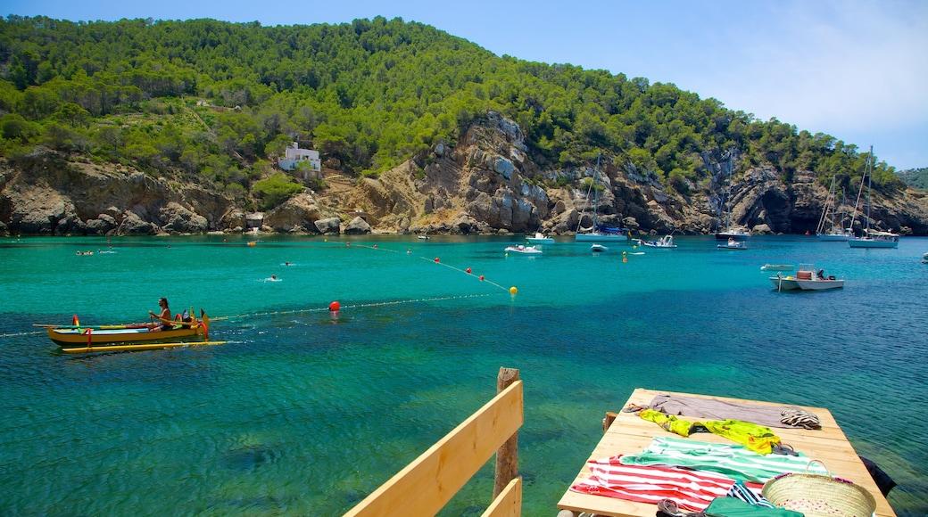 Strand von Benirras welches beinhaltet Bootfahren, Landschaften und Bucht oder Hafen
