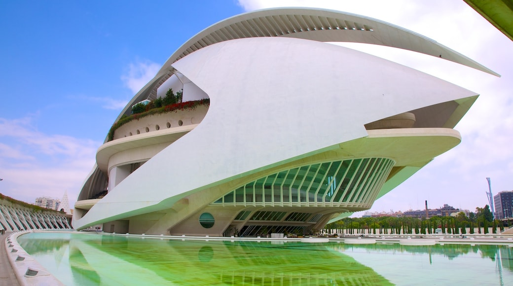 City of Arts and Sciences showing modern architecture and a city