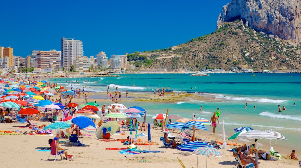 Calpe inclusief zwemmen, een kuststadje en een strand