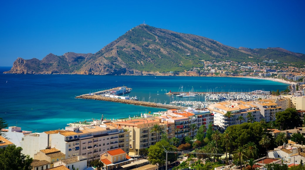 Altea showing a bay or harbour, a marina and landscape views