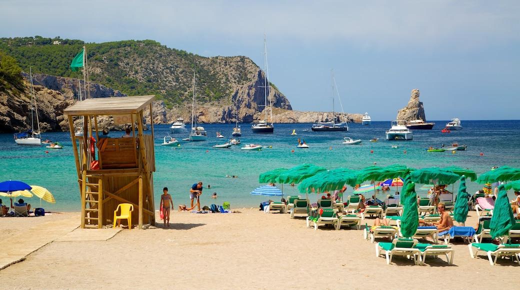 Strand von Benirras das einen Sandstrand, Segeln und Bootfahren