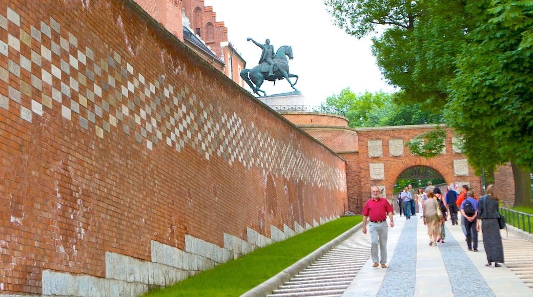 Burg Wawel das einen Outdoor-Kunst, historische Architektur und Palast oder Schloss