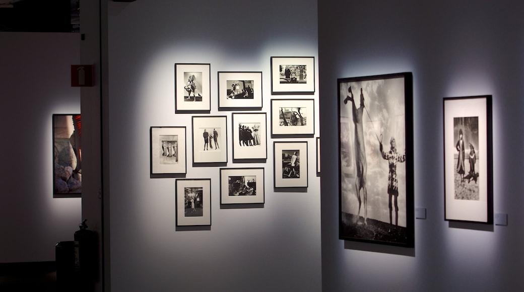 Fotografiska-valokuvamuseo joka esittää sisäkuvat ja taide