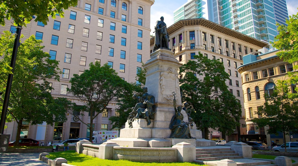 Montreal Innenstadt das einen Statue oder Skulptur, Monument und Kunst