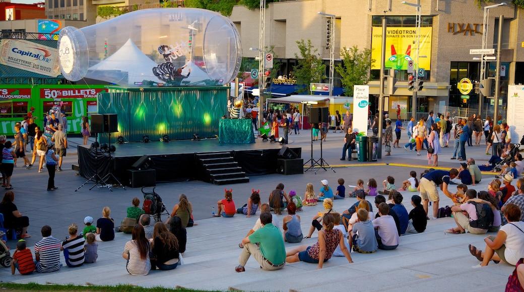 Montreal Innenstadt das einen Performance-Kunst, Stadt und Straßenkunst