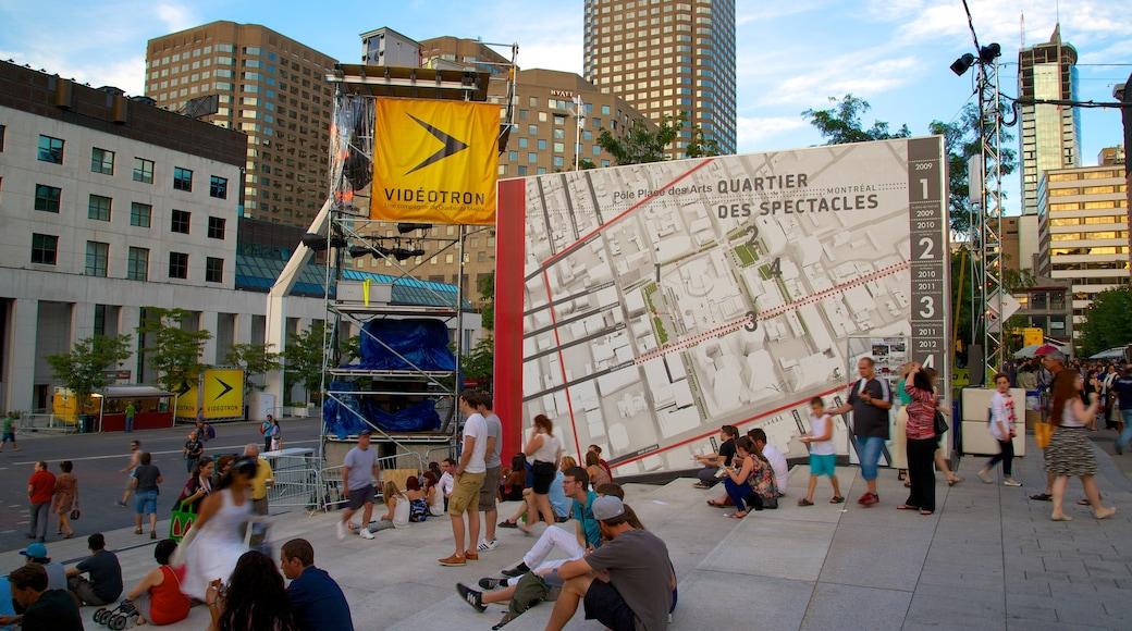 Montreal Innenstadt mit einem Straßenszenen, Stadt und moderne Architektur