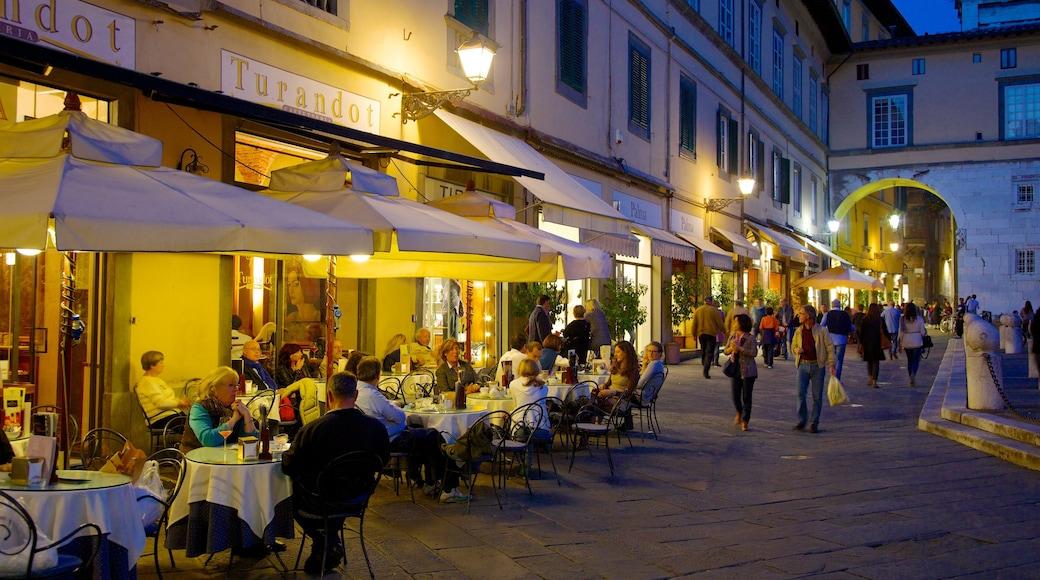 Piazza San Michele caratteristiche di vita notturna, bar e caffè e piazza