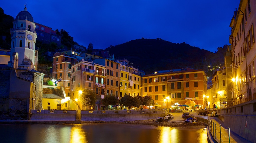 Vernazza featuring night scenes and a coastal town