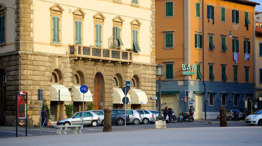 Piazza della Repubblica mit einem Straßenszenen, historische Architektur und Stadt