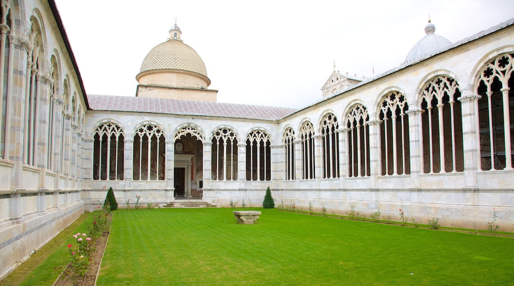 Camposanto showing heritage architecture, a church or cathedral and religious elements