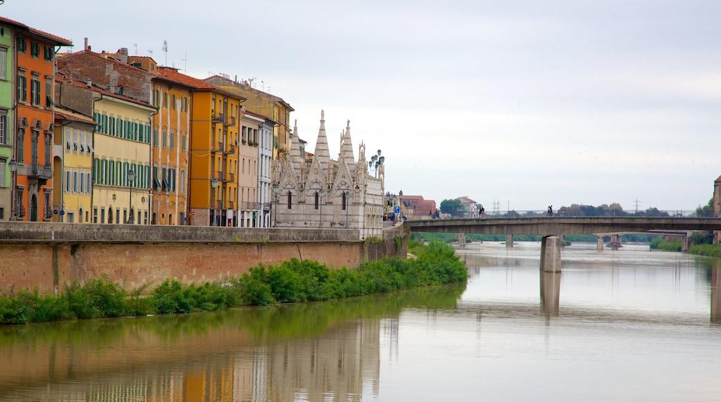Santa Maria della Spina เนื้อเรื่องที่ มรดกทางสถาปัตยกรรม, เมือง และ สะพาน