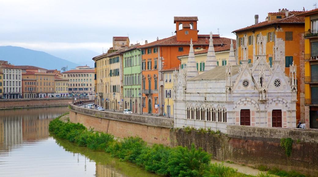 Santa Maria della Spina เนื้อเรื่องที่ โบสถ์หรือวิหาร, เมือง และ แม่น้ำหรือลำธาร