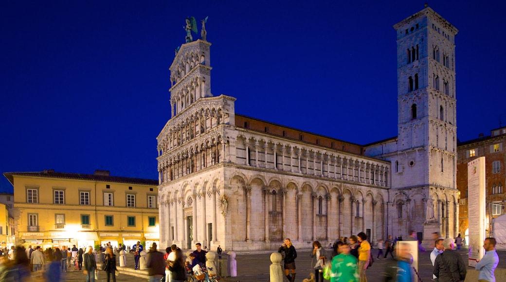 Piazza San Michele caratteristiche di città, piazza e architettura d\'epoca