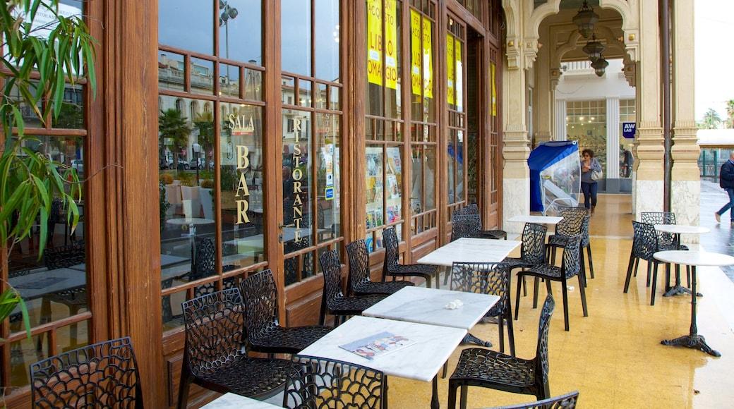 Passeggiata di Viareggio caratteristiche di mangiare all\'aperto