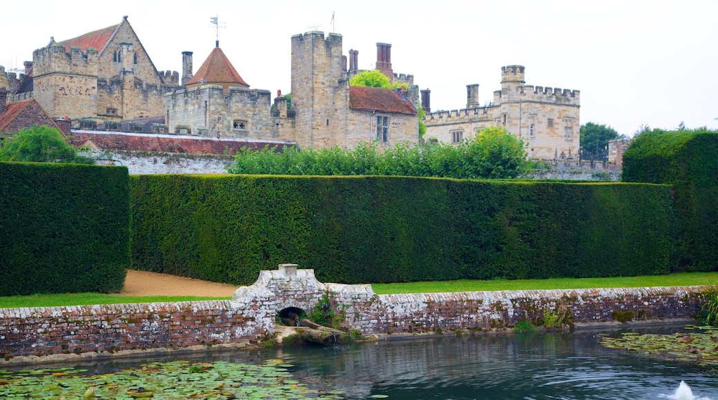 Penshurst Place and Gardens which includes a pond, heritage architecture and heritage elements